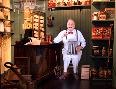 "Photo of shop keeper ""Pepper's Ghost"" illusion"